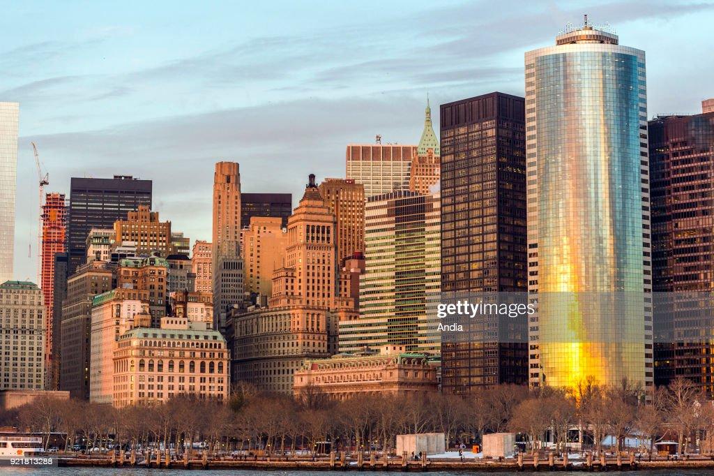 Manhattan viewed from Brooklyn, East River.