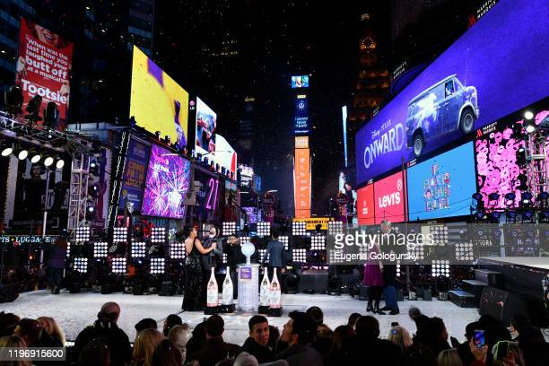 New York City Mayor Bill de Blasio and First Lady Chirlane McCray during Dick Clark's New Year's Rockin' Eve With Ryan Seacrest 2020 on December 31...