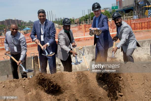 New York City Mayor Bill De Blasio joins developers at the ground breaking ceremony for the future Universal Hip Hop Museum on May 20, 2021 in the...