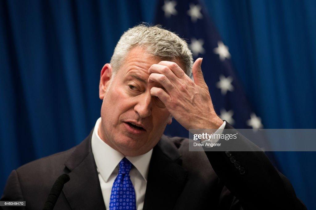 NYC Mayor De Blasio Delivers Speech On Combatting Homelessness : News Photo