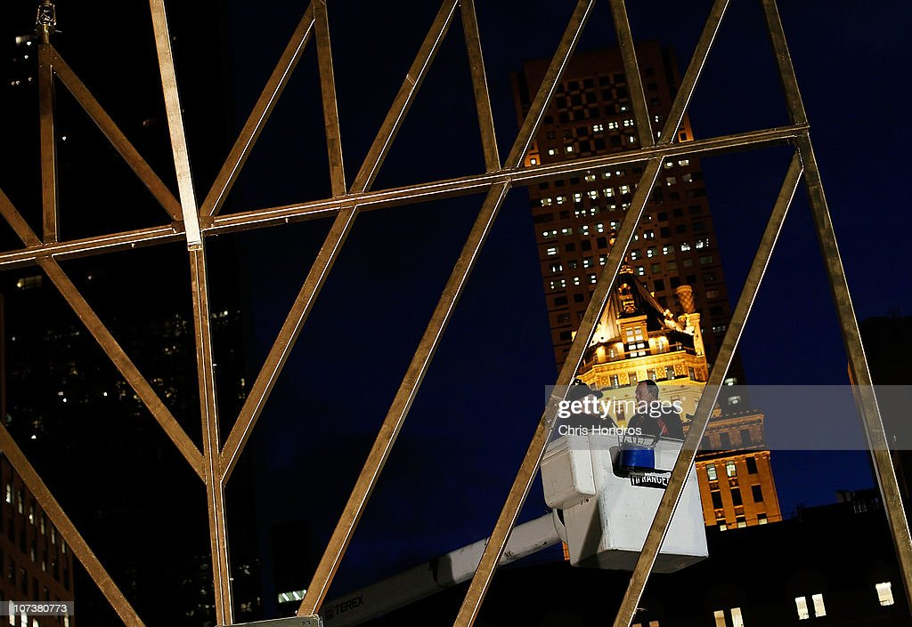 New York City Mayor Michael Bloomberg (R) along with Rabbi Shmuel Butman (L & Mayor Bloomberg Lights Large Menorah In Midtown Manhattan Photos ... azcodes.com