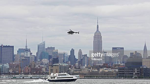 new york city midtown manhattan skyline - metlife building stock pictures, royalty-free photos & images