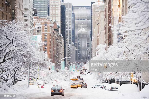 usa, new york city, park avenue in winter - 深い雪 ストックフォトと画像