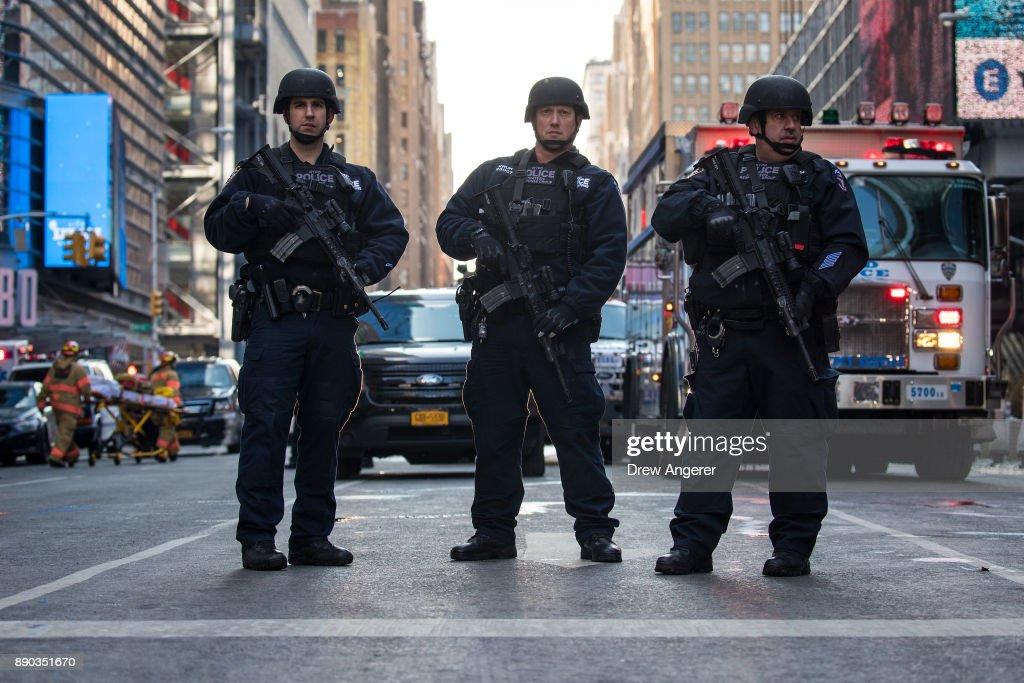 Bomb Explodes Near Port Authority Terminal In New York