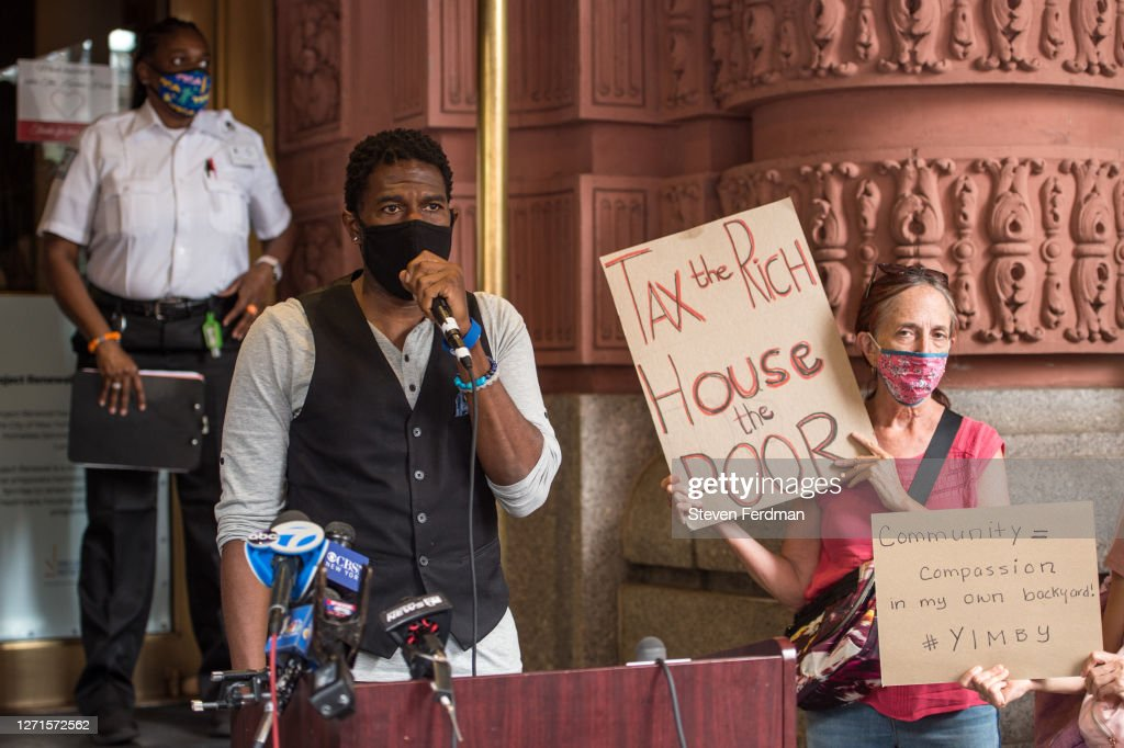 New York City Officials Hold Press Conference For Emergency Homeless Shelters : News Photo