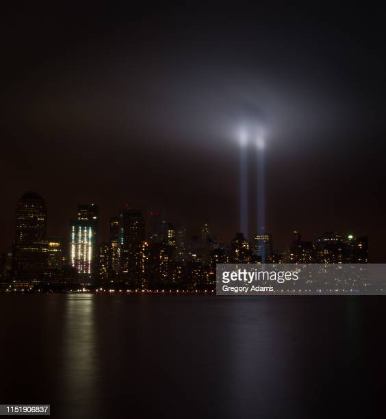 new york city remembrance in light honoring the victims of the 9-11 attack on the twin towers - 911 remembrance stock pictures, royalty-free photos & images