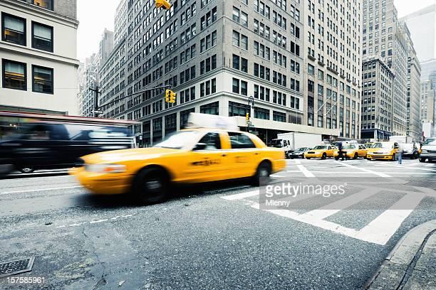 New York City Les heures de pointe les taxis jaunes