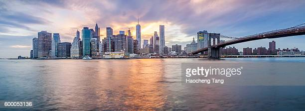 new york city skyline - panorâmica - fotografias e filmes do acervo