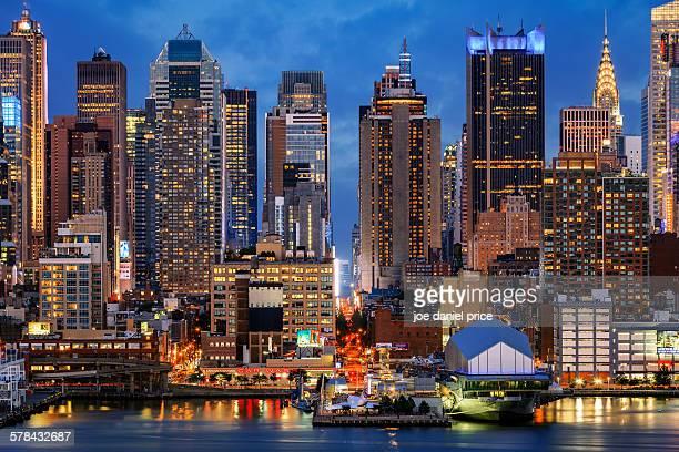 new york city, skyline, united states - times square manhattan new york foto e immagini stock
