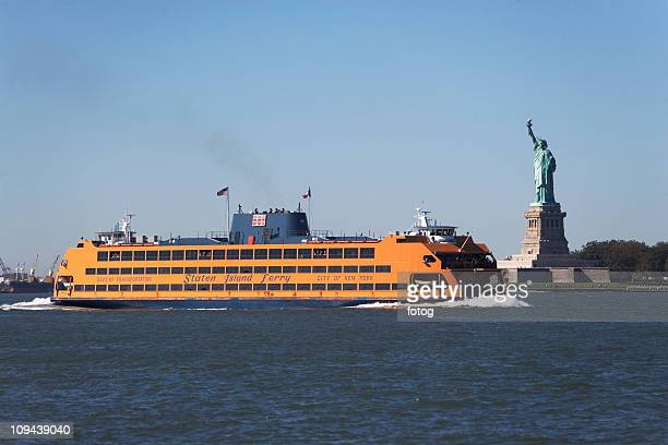 usa, new york city, staten island ferry with statue of liberty - staten island ferry stock pictures, royalty-free photos & images
