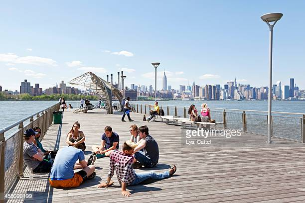 new york city view - williamsburg new york city stock pictures, royalty-free photos & images