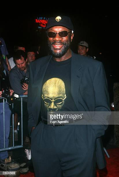 New York City 'YAHOO INTERNET LIFE' Magazine's 3rd Annual Online Music Awards at Studio 54 Singer/DJ Isaac Hayes Photo by Evan Agostini/ImageDirect