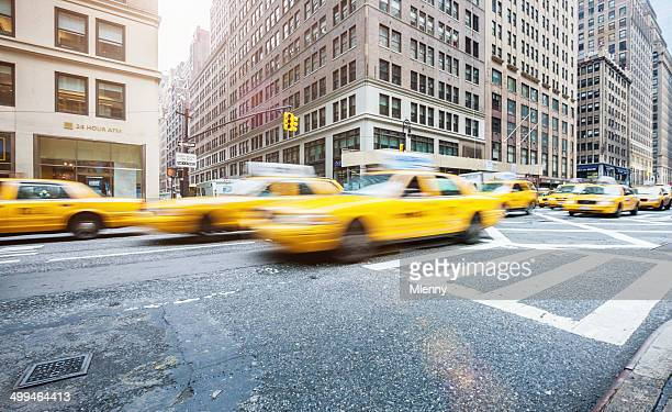 new york city yellow cabs during rush hour - 7th avenue stock pictures, royalty-free photos & images