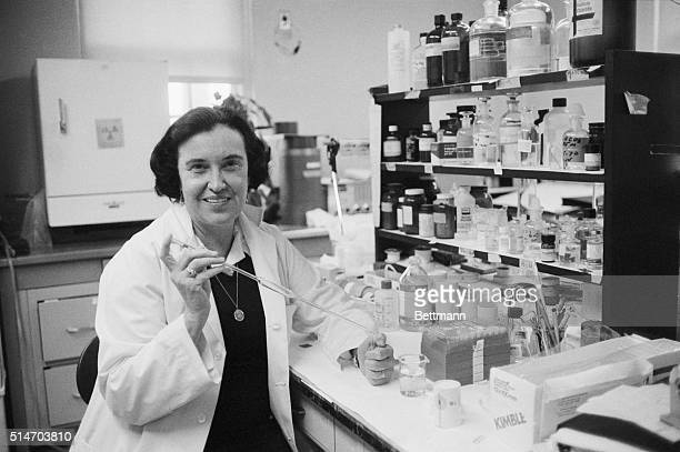 New York: Dr. Rosalyn Yalow, a nuclear physicist who spent 30 years researching hormones at the Bronx Veterans Administration Hospital, works in her...