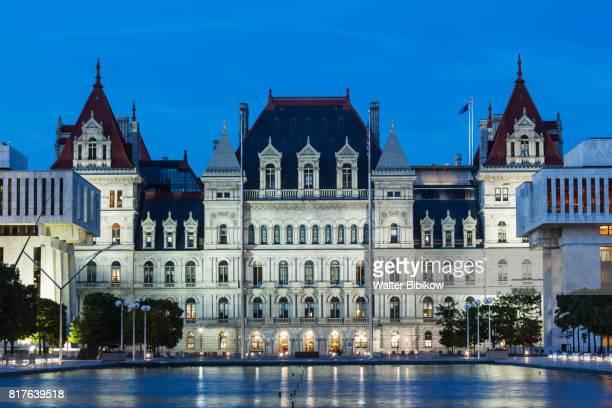 usa, new york, exterior - ニューヨーク州庁舎 ストックフォトと画像