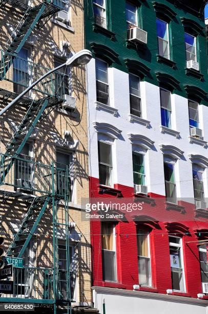 usa, new york, facade italian restaurant in little italy - little italy new york foto e immagini stock