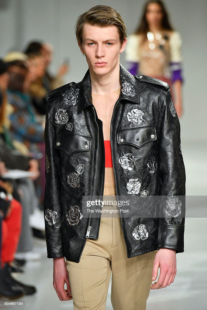 34a2143bff7f6 New York Fashion Week, Calvin Klein Fall/Winter 2017 collection by ...
