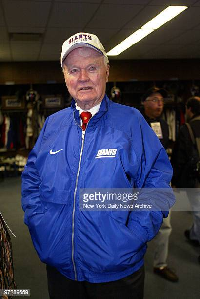 New York Giants' coowner Wellington Mara in the Giants Stadium locker room on the day after the team's loss to the Atlanta Falcons