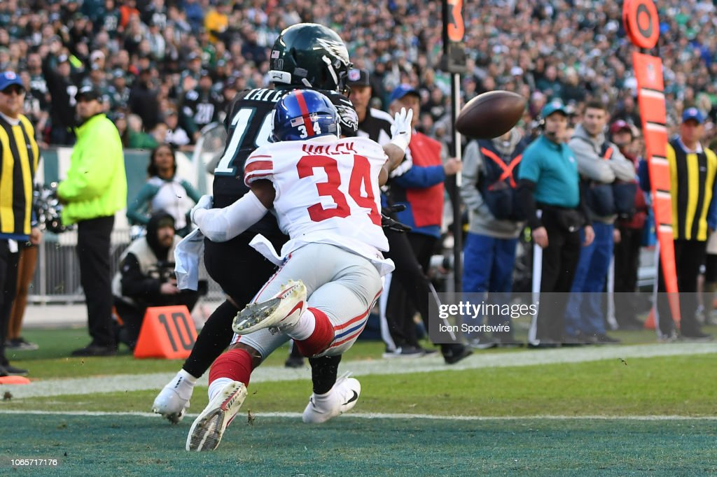 NFL: NOV 25 Giants at Eagles : News Photo