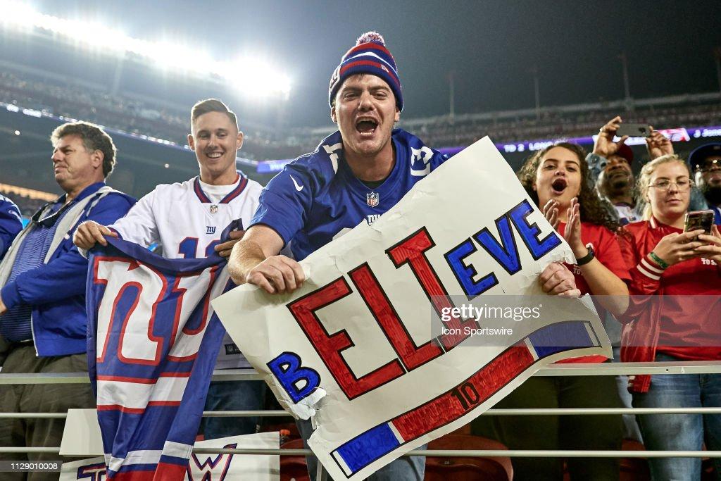 NFL: NOV 12 Giants at 49ers : News Photo