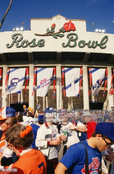 New York Giants fans gather outside the Rose Bowl before the 1987 Pasadena, California, Superbowl XXI kickoff.