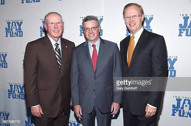 New York Giants head coach Tom Coughlin event honoree Alfred F Kelly Jr and New York Giants President and CEO John Mara attend the 2014 Tom Coughlin...