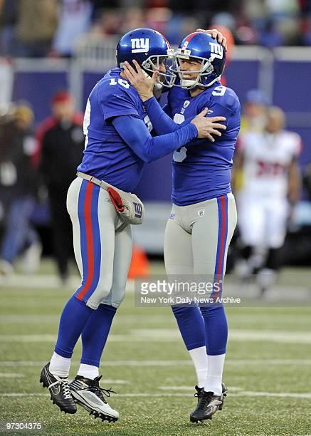 New York Giants placekicker Lawrence Tynes kicks field goal to give Giants' 34 31 overtime win against the Atlanta Falcons