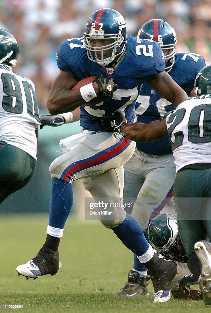 New York Giants vs Philadelphia Eagles - September 17, 2006 : News Photo