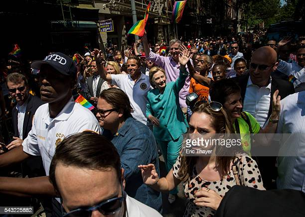 New York Governor Andrew Cuomo former Secretary of State and Democratic Presidential candidate Hillary Clinton Al Sharpton and New York mayor Bill de...