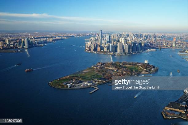 new york harbor - governors island stock pictures, royalty-free photos & images