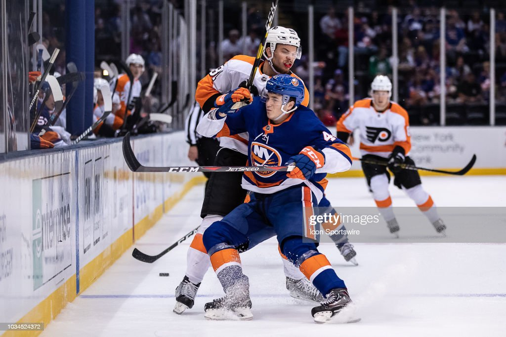 NHL: SEP 16 Preseason - Flyers at Islanders : News Photo