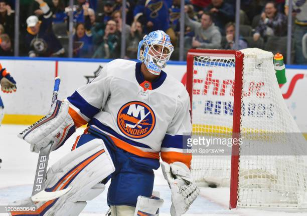 New York Islanders goaltender Thomas Greiss reacts after giving up a goal in the first period during an NHL game between the New York Islanders and...