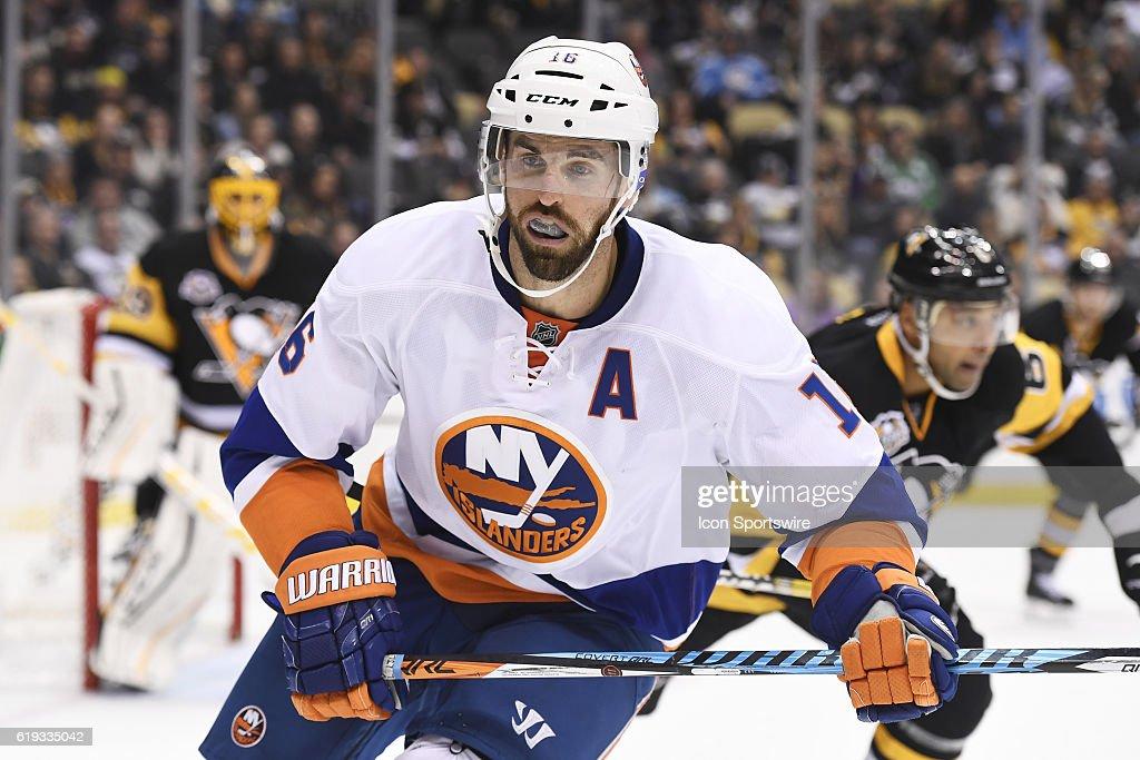 NHL: OCT 27 Islanders at Penguins : News Photo