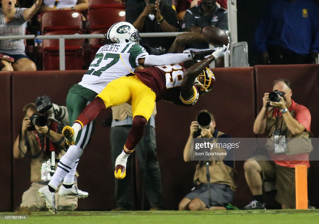 NFL: AUG 16 Preseason - Jets at Redskins : News Photo