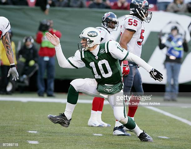 New York Jets' quarterback Chad Pennington does a dance after rushing for a first down in the fourth quarter of a game against the Houston Texans at...