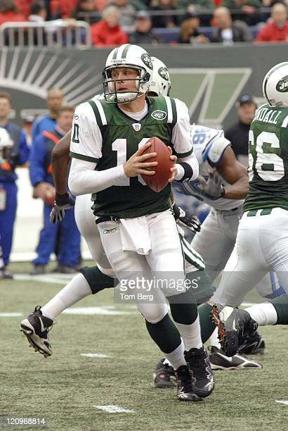 New York Jets Quarterback Chad Pennington looking to hand off during the Detroit Lions vs New York Jets game on October 22 2006 The Meadowlands East...