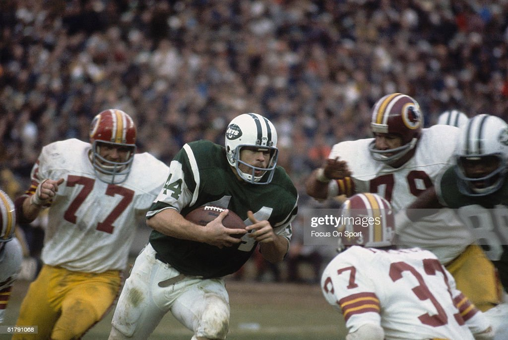 John Runs News The Running Back York Against Getty - Ball Images New Riggins The Jets Photo