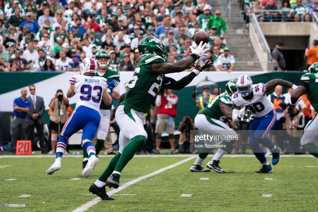 NFL: SEP 08 Bills at Jets : News Photo