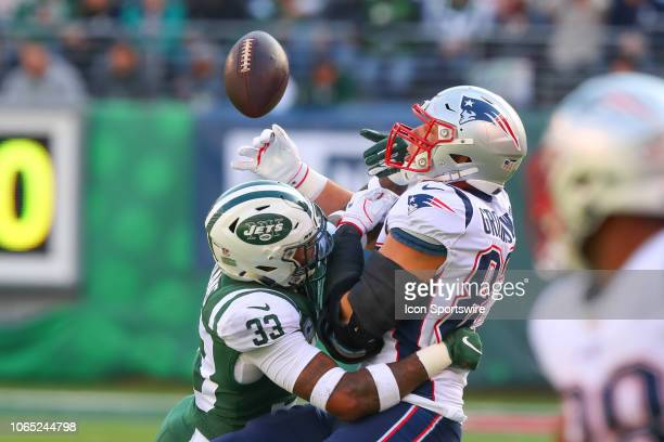 New York Jets strong safety Jamal Adams knocks the ball away from New England Patriots tight end Rob Gronkowski during the first quarter of the...