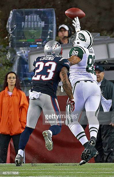 5876e7f613d New York Jets Vs. New England Patriots At Gillette Stadium Pictures ...