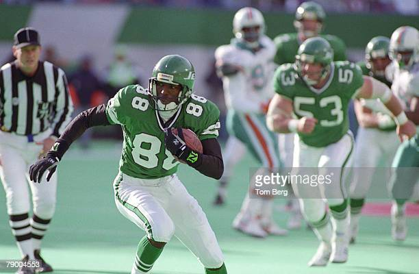 New York Jets wide receiver Al Toon game action during the Miami Dolphins vs New York Jets game on November 1 1992 at Giants Stadium