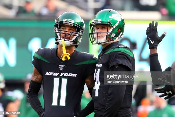 New York Jets wide receiver Robby Anderson and New York Jets quarterback Sam Darnold look at the video board during the National Football League game...