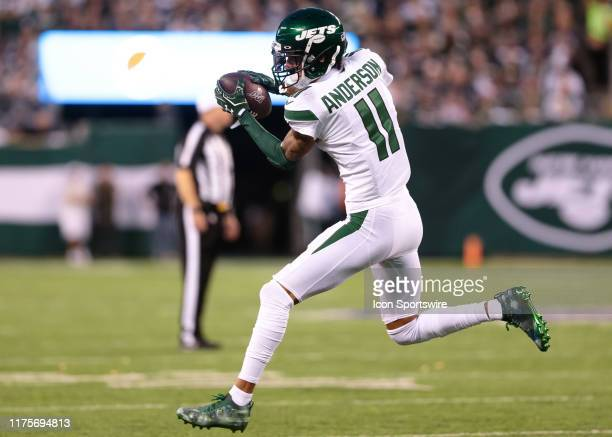 New York Jets Wide Receiver Robby Anderson makes a catch on the run during the National Football League game between the Dallas Cowboys and the New...