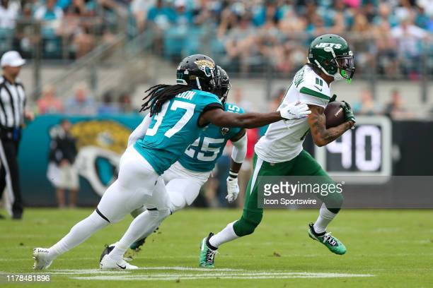 New York Jets Wide Receiver Robby Anderson runs with the ball during the game between the New York Jets and the Jacksonville Jaguars on October 27,...