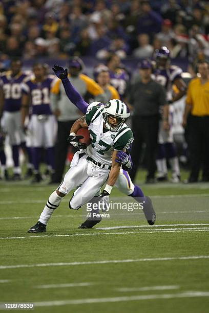 New York Jets WR Laveranues Coles in action during the New York Jets 2613 victory over the Minnesota VIkings at the HHH Metrodome Minneapolis...