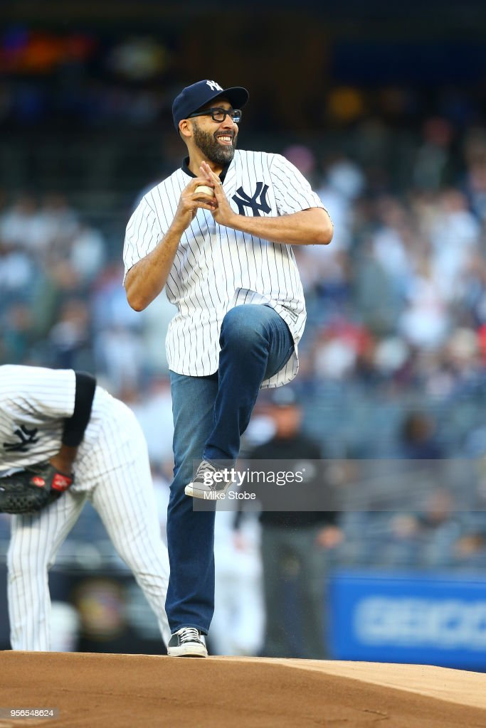 New York Knicks head coach David Fizdale throws out the first pitch prior to the gam ebetween the New York Yankees and the Boston Red Sox at Yankee Stadium on May 8, 2018 in the Bronx borough of New York City. New York Yankees defeated the Boston Red Sox 3-2.
