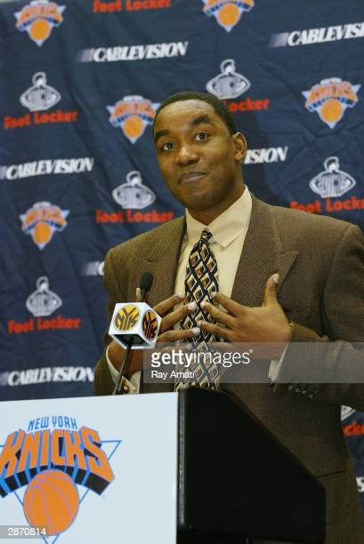 New York Knicks President Isiah Thomas annouces New Knick Head Coach Lenny Wilkens at a press conference January 15 2004 at the Madison Square Garden...