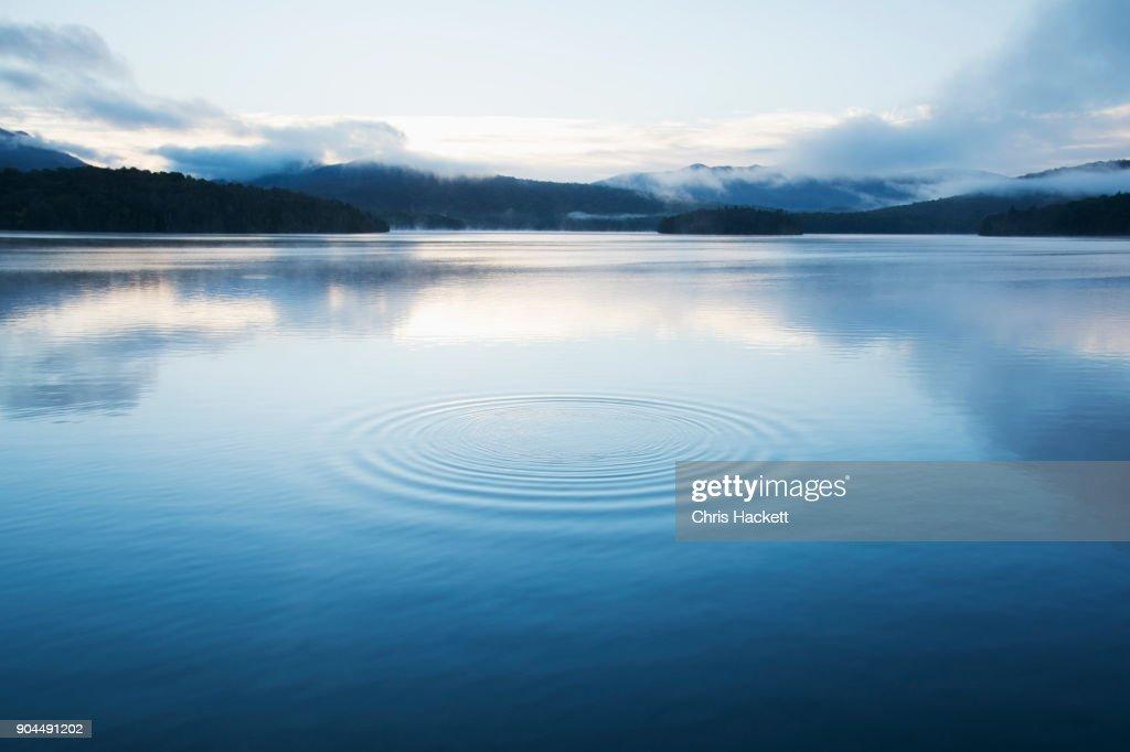 New York, Lake Placid, Circular pattern on water surface : ストックフォト