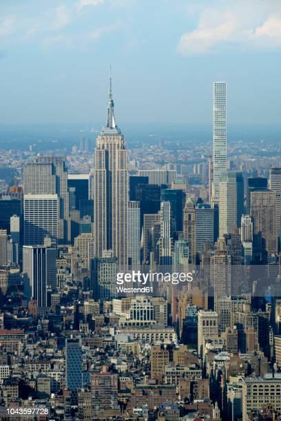 USA, New York, Manhattan, Empire State building and 432 Park Avenue