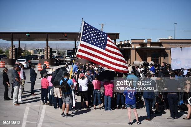 New York mayor Bill de Blasio is seen amidst a crowd of people at the Tornillo Port of Entry near El Paso, Texas, June 21, 2018 during a protest...